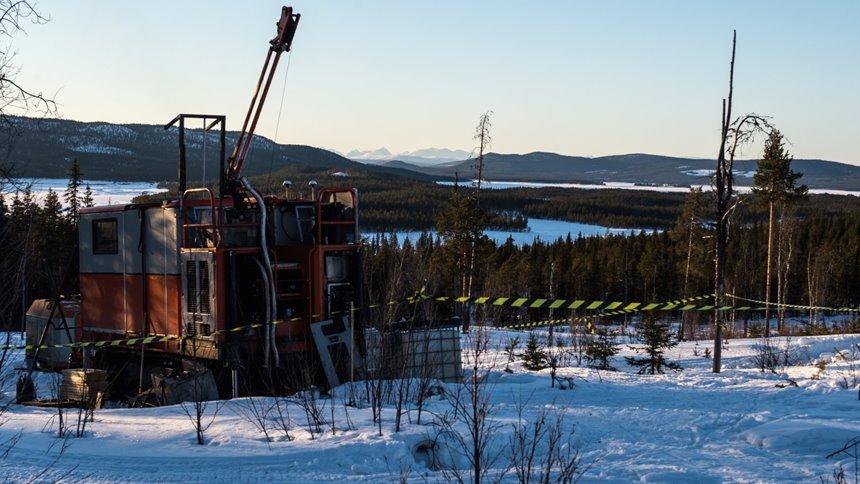 Prospektering i Kallas utanför Jokkmokk. Foto: Beowulf Mining