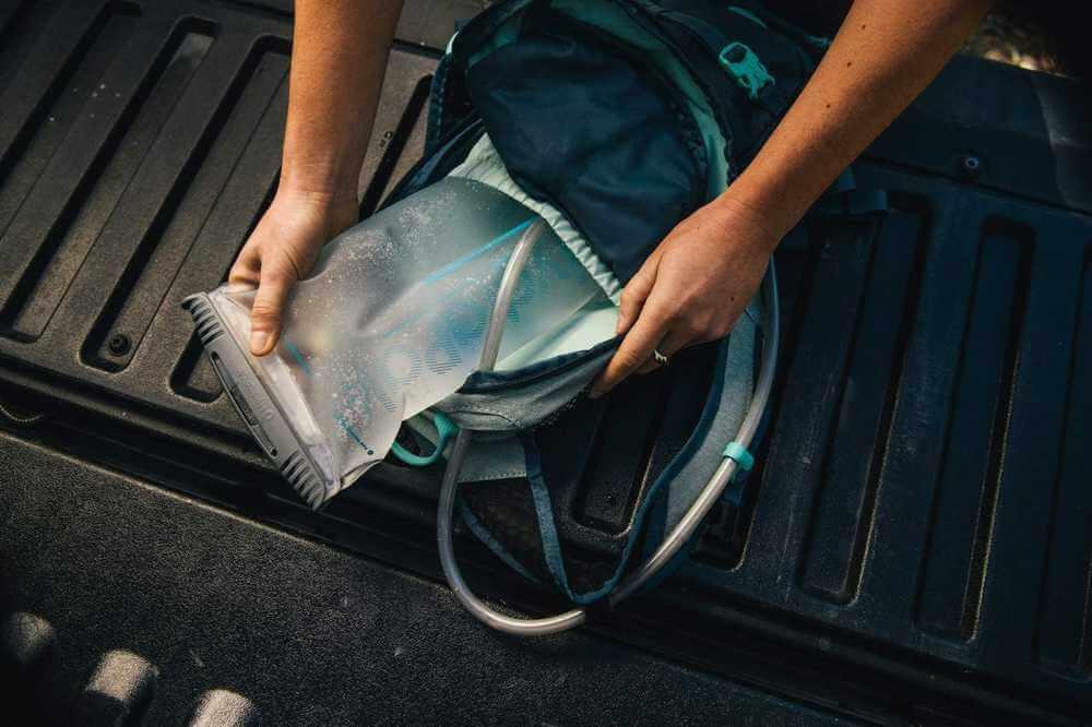 Hydrapak Shape-Shift 2L vätskesystem, lätt att rengöra